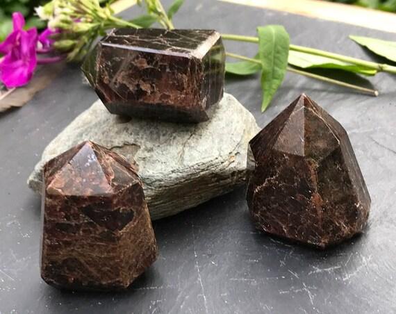 Garnet Polished Point, Standing Garnet, Garnet Tower, Polished Garnet, Garnet Obelisk, Red Crystal Point, Reiki, Crystal Grid, Boho