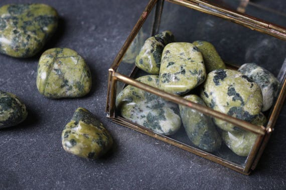 Set of 3 Serpentine Tumbled Stones