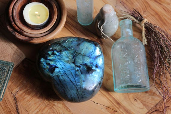 Large Labradorite Heart 1.41 lbs, Top Quality Labradorite, XL Heart Shaped Labradorite, Healing Crystals, Rainbow Crystal Heart, Valentines