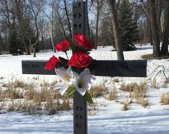 personalized roadside memorial cross// memorial Cross// roadside cross// cemetery cross// cross// funeral gift #293