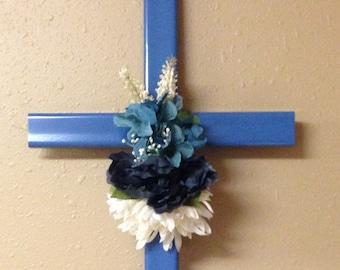 memorial cross//roadside cross// grave site cross// cemetery cross// #555