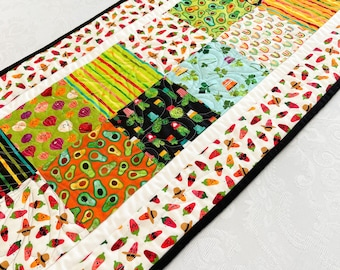 Quilted Table Runner, Chili Pepper Quilted Coffee Table Runners, Summer Southwest Table Topper for Holiday Home Decor