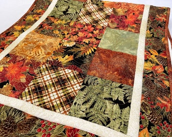 Table Runner, Fall Runners, Quilted Autumn Table Topper for Thanksgiving Table Linens Home Decor