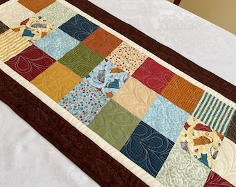 Fall Table Runner, Quilted Autumn Cats Table Topper for Thanksgiving Home Decor