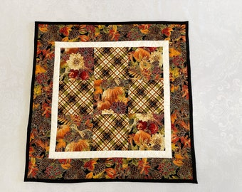 Fall Pumpkins Table Topper, Quilted Coffee Table Runner, Autumn Table Runners for Holiday Home Decor