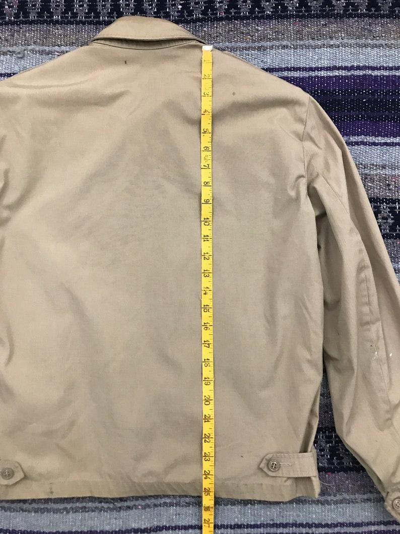 Vintage US Navy Jacket Full Zip Windbreaker Mens 38 Regular Medium 90s Minimalist Military Aesthetic Zip Up Jacket in Beige Tan
