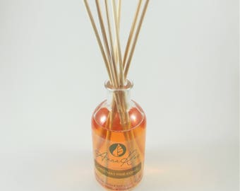 Christmas Pine Cones Reed Diffuser