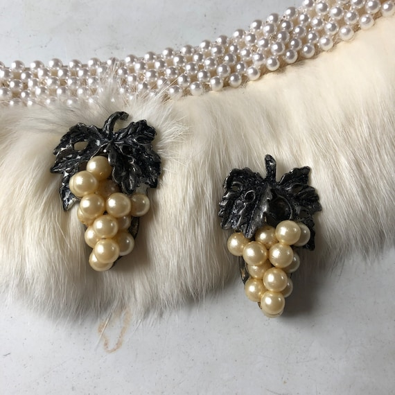 Art Deco Grape Dress Clips