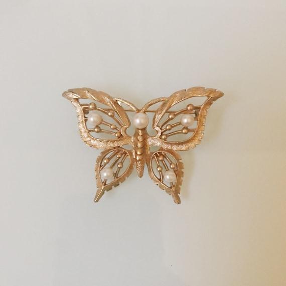 Vintage Pearl Butterfly Brooch - image 2