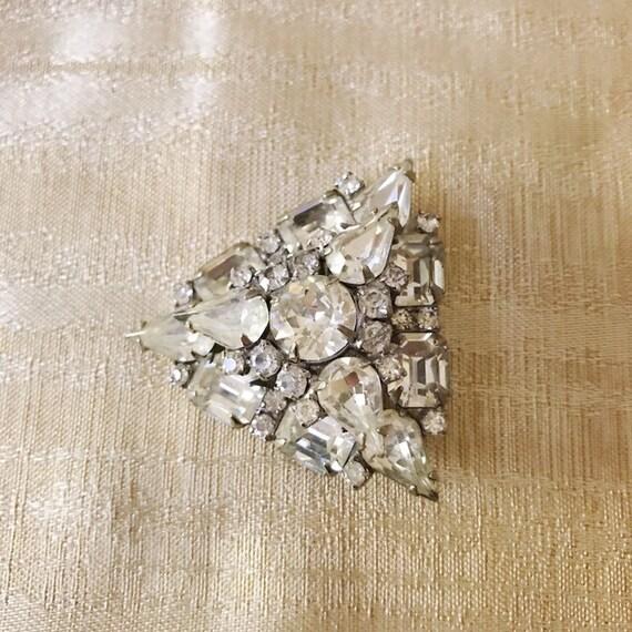 Beautiful Weiss Diamente Triangle Cluster Brooch