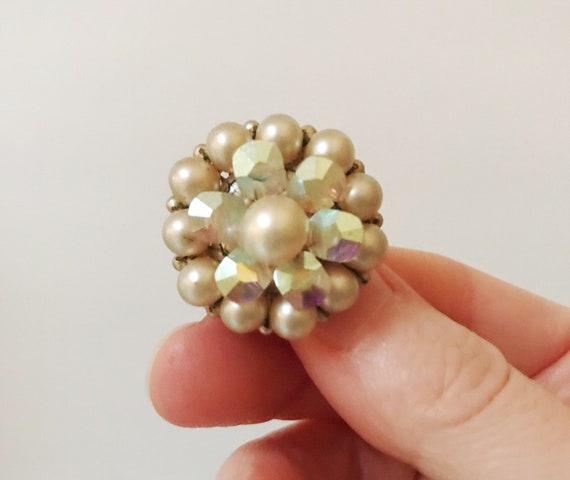 Vintage Marvella Pearl Aurora Borealis Round Clus… - image 5