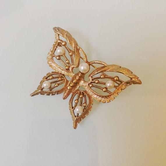 Vintage Pearl Butterfly Brooch - image 5