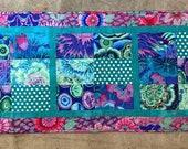 Easy Beginner Table Runner Kaffe Fassett Fabric Kit Dragonfly Fiberart You 39 ve Been Framed Complete Quilt Kit