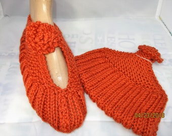 KNITTED MARYJANE SLIPPERS  size 6-7