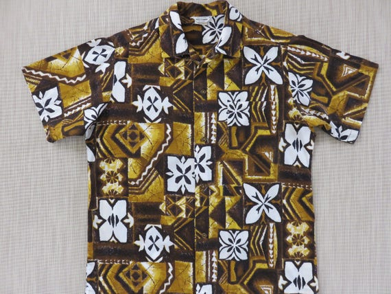 95ec690a Vintage Hawaiian Shirt MADE IN HAWAII 60s Men Mod Tapa Aloha   Etsy