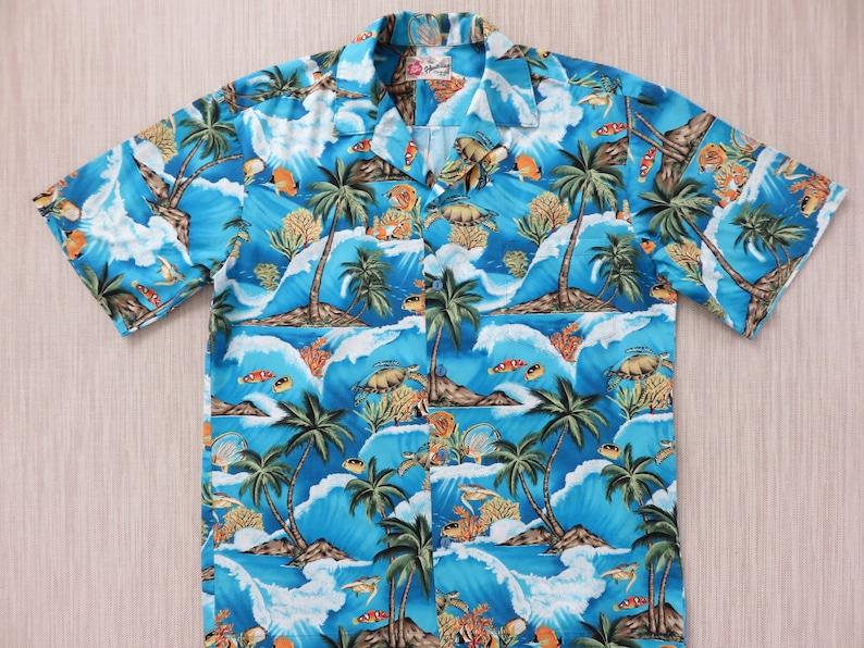 bf29777e Fish Hawaiian Shirt HILO HATTIE Hawaii Turtle Aloha Shirt | Etsy