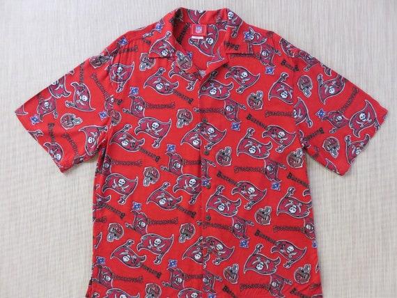 NFL Tampa Bay BUCCANEERS Hawaiian Shirt Football Helmet Aloha  e833a1bd4