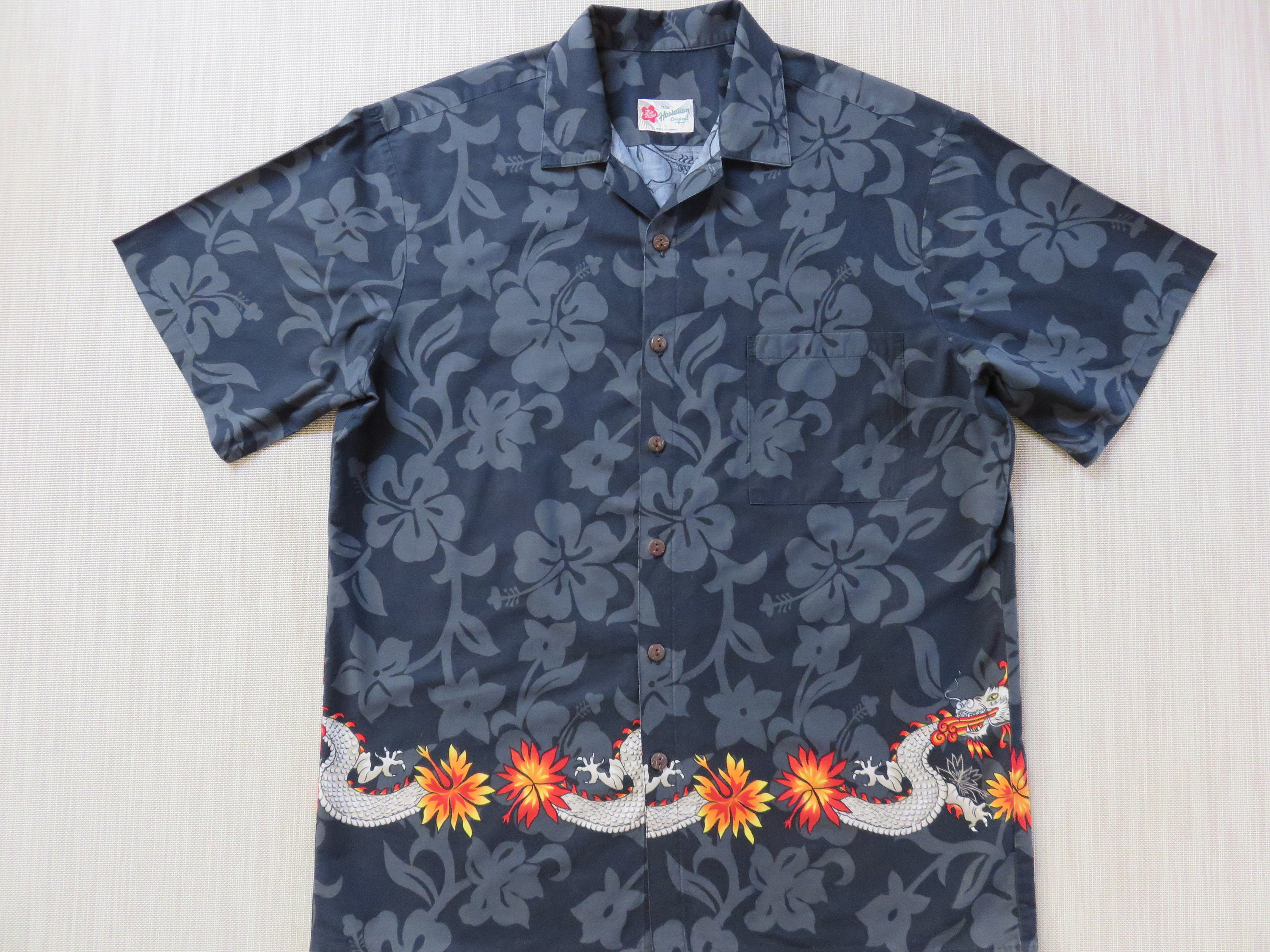 fa916a93b8 Hawaiian Shirt Men HILO HATTIE Black Aloha Shirt Hipster Flamin' Party  Dragon Motorcycle Rider 100% Cotton Camp - XL- Oahu Lew's Shirt Shack