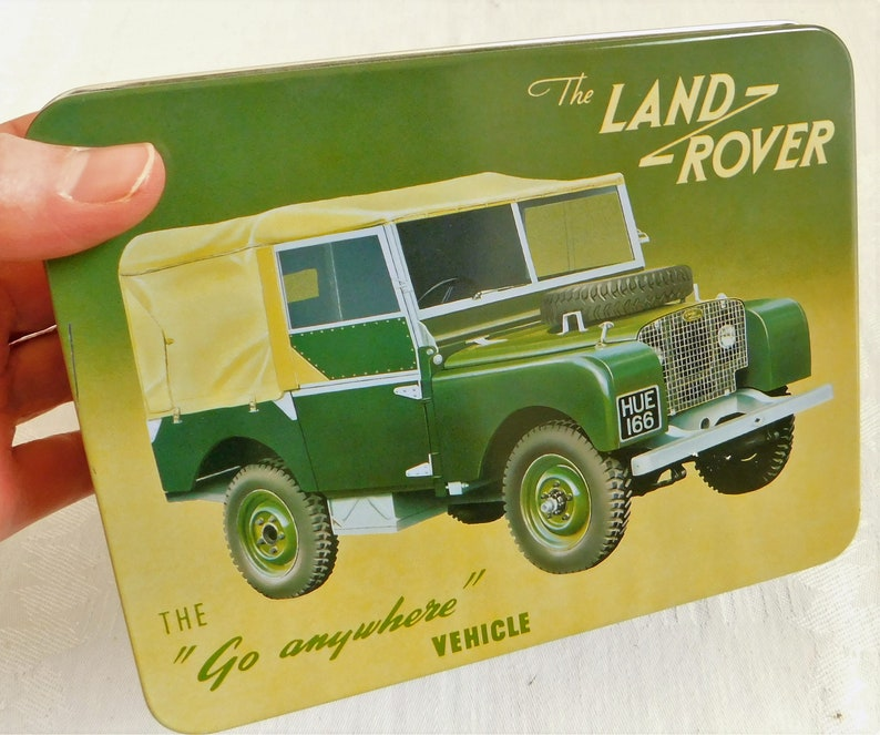 Find The Three Daughter/'s Classic Wheels Vintage The Land Rover Tin Gift for Enthusiast 4 Wheel Drive Vehicle Old Tin Classic Car Lover