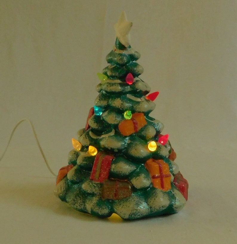 10 Vintage Brinn S Ceramic Lighted Christmas Tree Pittsburgh Pa 7 In Diameter Holiday Night Light New Electrical Cord