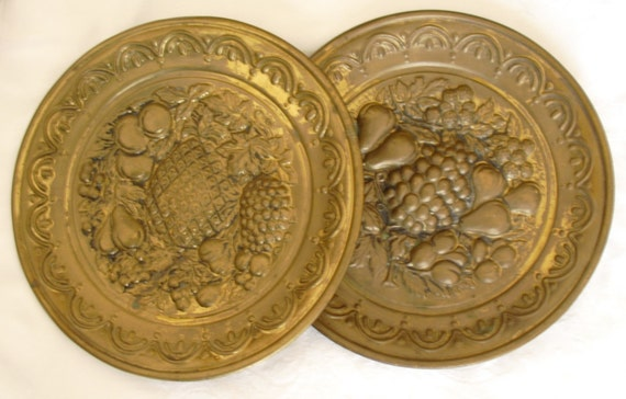 Vintage Brass Wall Plates Decorative Wall Hangings 2 Vintage Etsy
