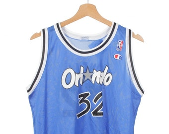 9fdadbfb288 Vintage Champion Orlando Magic  32 Shaquille O Neal Basketball Jersey Youth  Size XL 18-20 (Fits Mens Small)