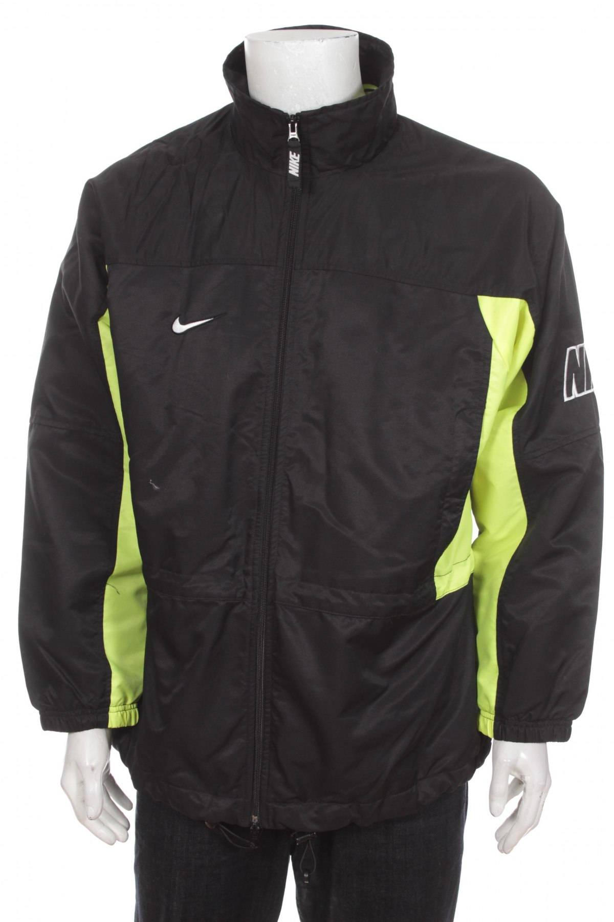 098770cefa Nike Windbreaker jacket Nylon Shell Jacket Big Logo Spell Out
