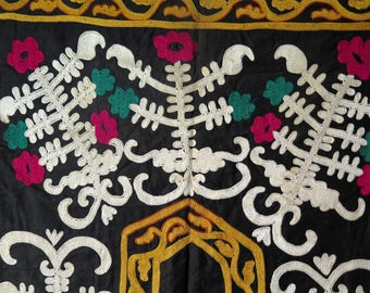 Vintage Uzbekistan Silk Embroidered Prayer Design Suzani - Free Shipping with UPS