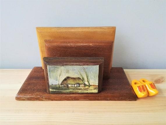 Vintage lettre en bois peinte à la main main stand porte carte