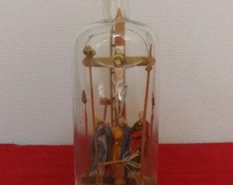 Bouteille passion. Christ sacré. Coeur Jésus. Objet religieux. Vintage. Belgique