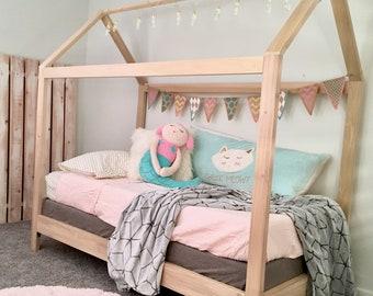 "Twin House Bed Frame + slats + 6"" legs"