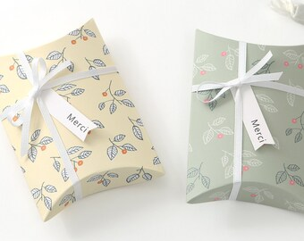 10 Leaf Pattern Gift Boxes Small Pillow Box Birthday Wrapping Favor Wedding Accessory