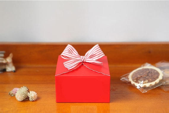 Small gift boxes for christmas candy