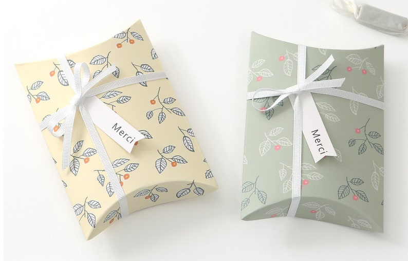 10 Leaf Pattern Gift Boxes Small Pillow Box