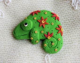 Chameleon brooch Lizard Brooch Gecko brooch Gift for her Salamander brooch Summer brooch Summer outdoor Summer party