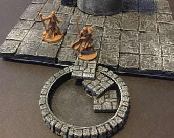 Spiral Stairs going Down, painted, D&D Pathfinder Dungeon Gaming Fantasy TableTop Terrain Miniature Roleplaying RPG