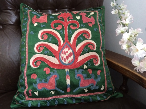 Decorative green suzani Sofa Cushion Cover, Traditional pillow case, flower design pillow, suzani, vintage fabric