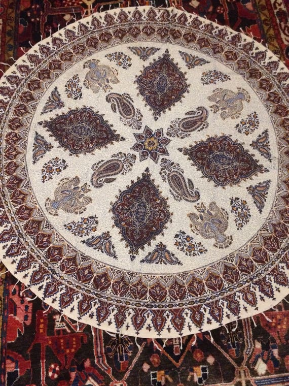 """Traditional round table-cloth 60"""" inches with tassels"""