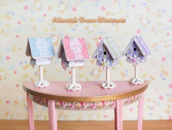 Cute MINI Dollhouse Miniature Furniture accessories dollhouse Carousel