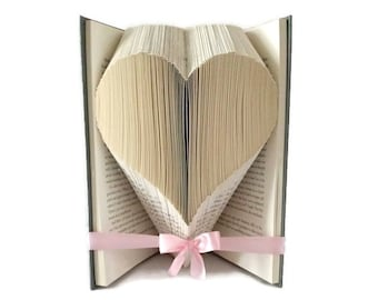 Heart book folding pattern,  Love heart for Valentines day, Easy 158 fold pattern, Free book folding tutorial. PDF instant digital download
