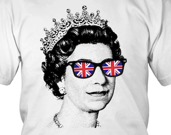 f895b7e22f7e3c Cool Queen T-shirt