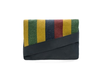 Anthracite envelope with colored stripes