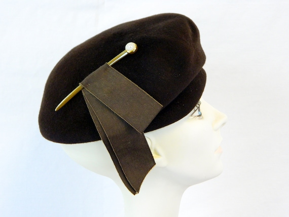 Chocolate Brown Structured Beret ... Mod '60s Henr