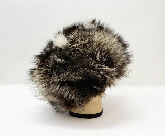 Vintage 60s Fur Hat  ...  Raccoon or Badger Fur C… - image 2