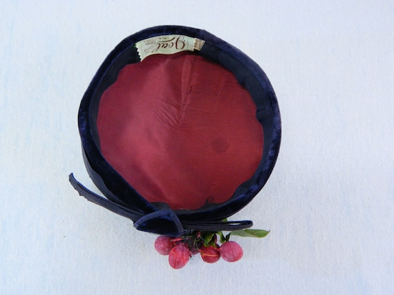Pillbox Hat with Grape Cluster ... Vintage 40s No… - image 7