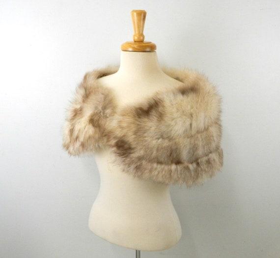 Luxurious Vintage Fur Wrap ... Silver Fox Fur Shru