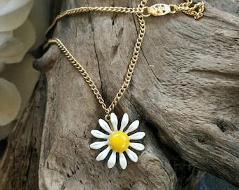 Daisy choker necklace/vintage necklace/daisy necklace/vintage choker/choker necklace/daisy choker/flower necklace/floral necklace