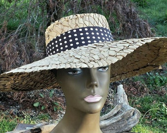 086a8d7e429 Straw sun hat with polka dots vintage sun hat straw hats vintage straw hat women s  hats women s straw hats women s sun hats straw beach hat