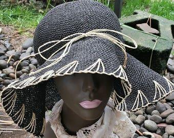 dd4c910b718 Black straw sun hat liz claiborne vintage liz claiborne 90 s sun hat wooven sun  hat black wooven sun hat beach hat vintage beach hat
