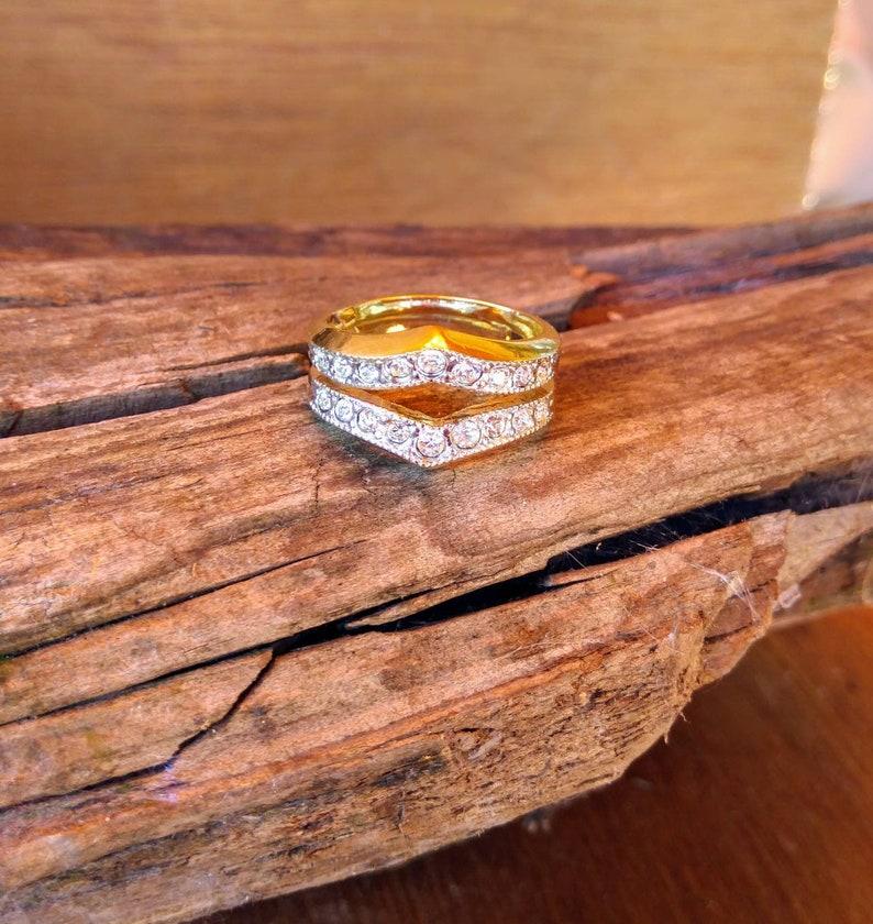 Gold tone rhinestone wedding bandwedding bandengagement bandwedding ringsengagement ringsvintage ringscostume jewelrycostume rings